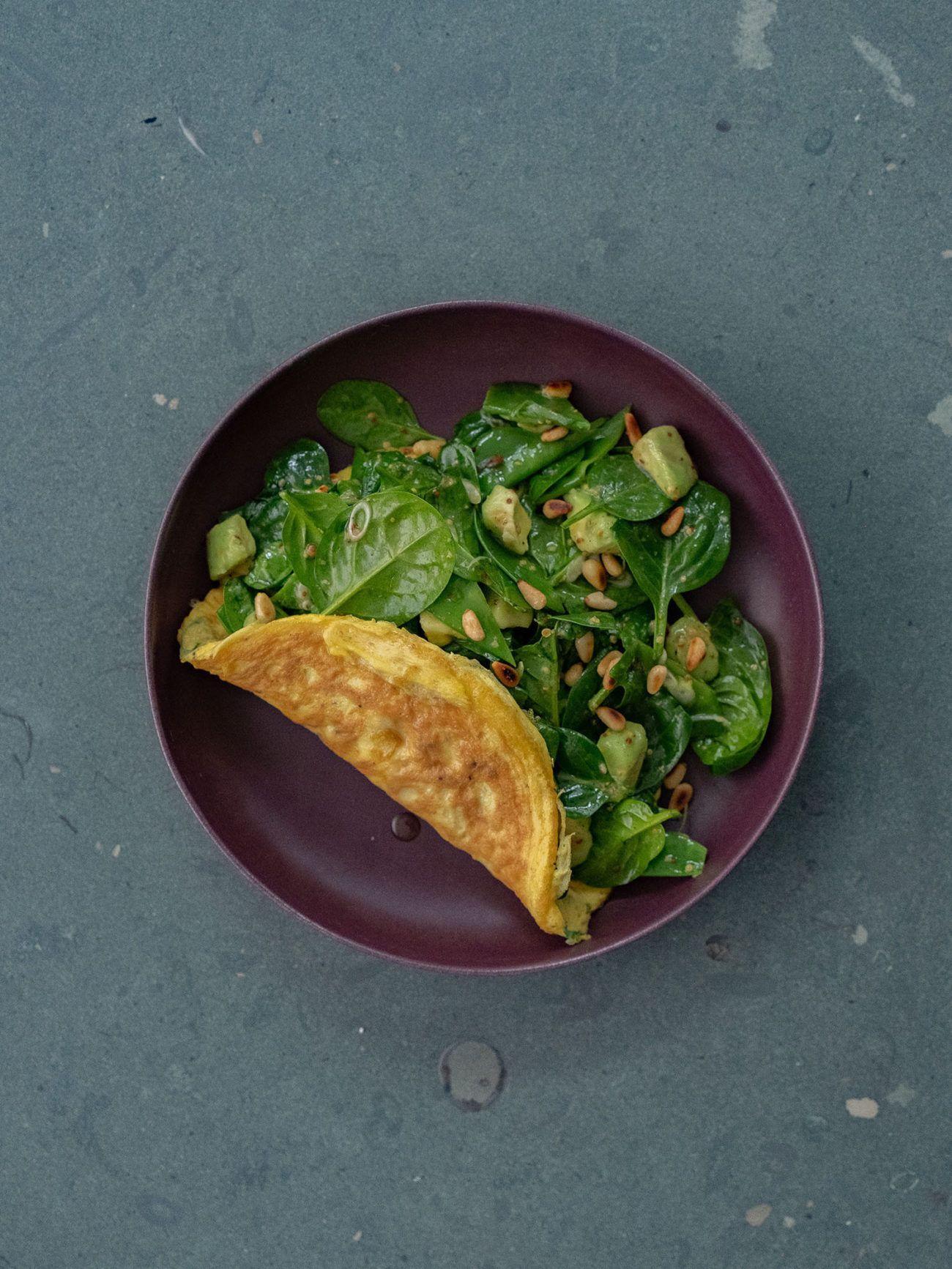 Rezept Omelett mit Spinatsalat, Teller