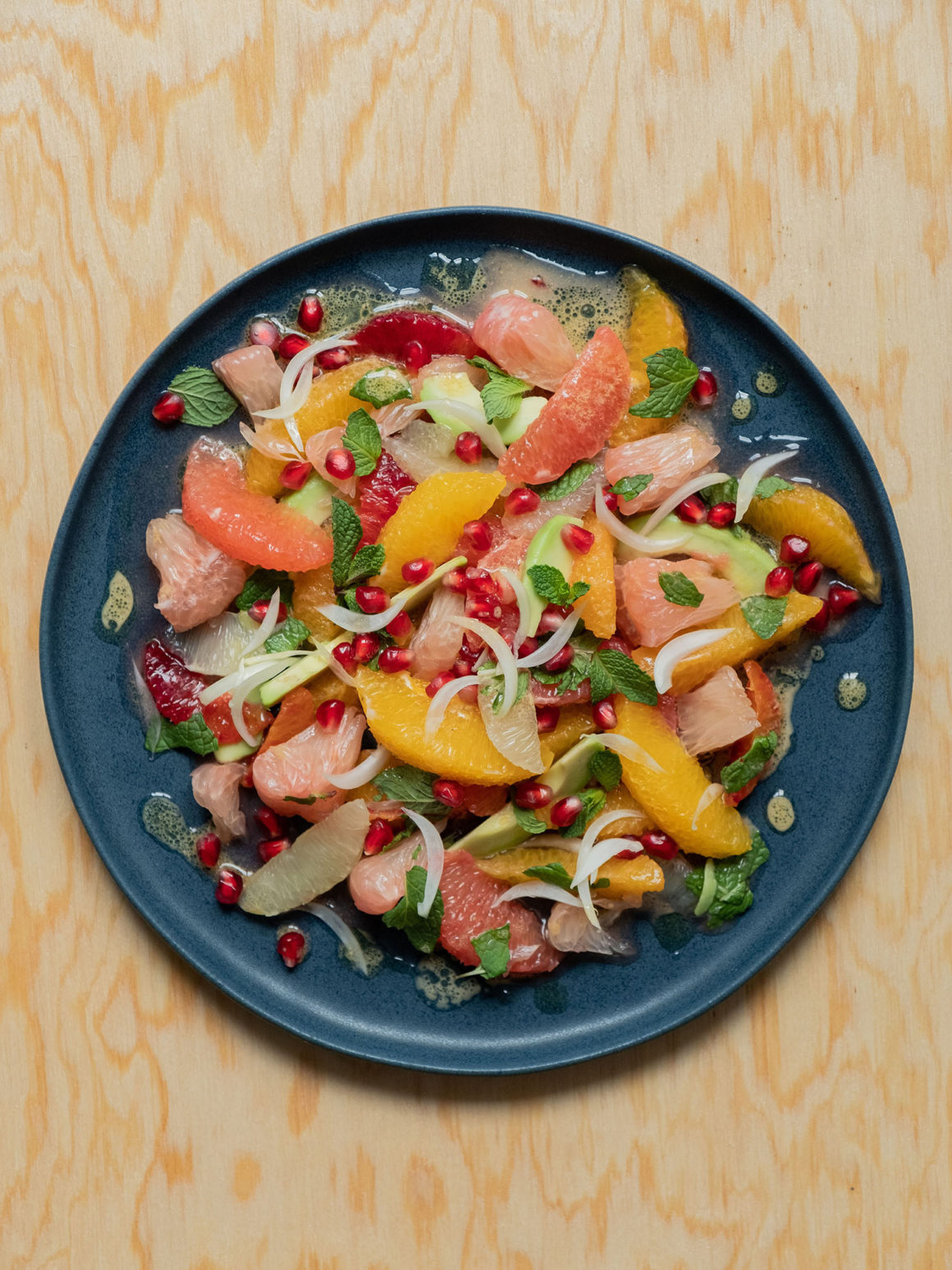 Rezept_Zitrussalat mit Avocado und Pistaziendressing, Pink Grapefruit, Blutorange, Limettenfilet