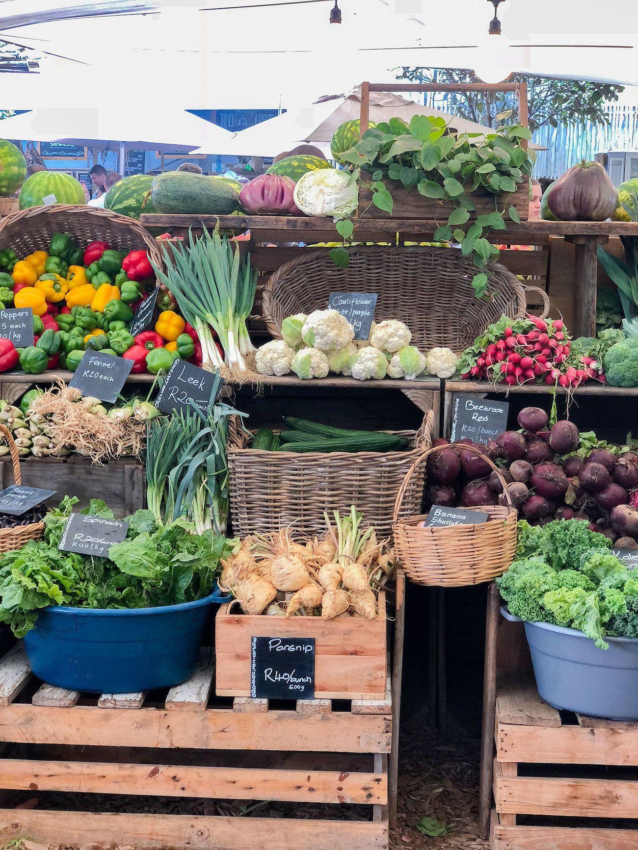 Frühstücks - und Brunch Guide für Kapstadt, Oranjezicht City Farm Market, Gemüsestand