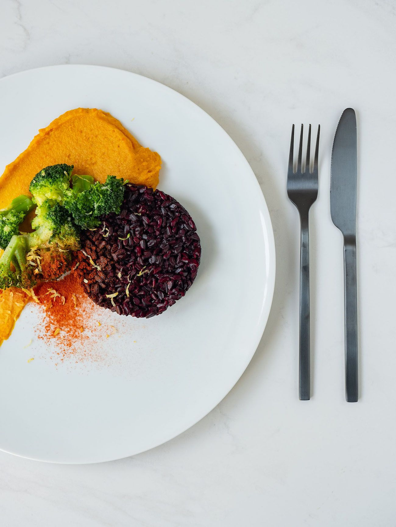 Foodblog, Rezept Kürbis Curry Püree mit zitronen Brokkoli und schwarzem Reis, Hokkaido, Paprikapulver_1