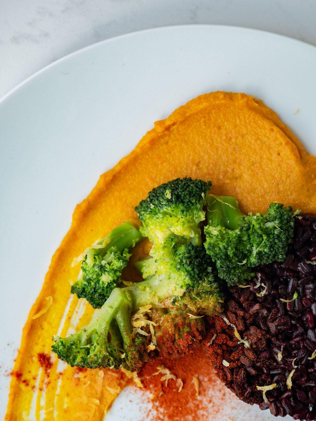Foodblof, Rezept Kürbis Curry Püree mit zitronen Brokkoli und schwarzem Reis, Hokkaido_1