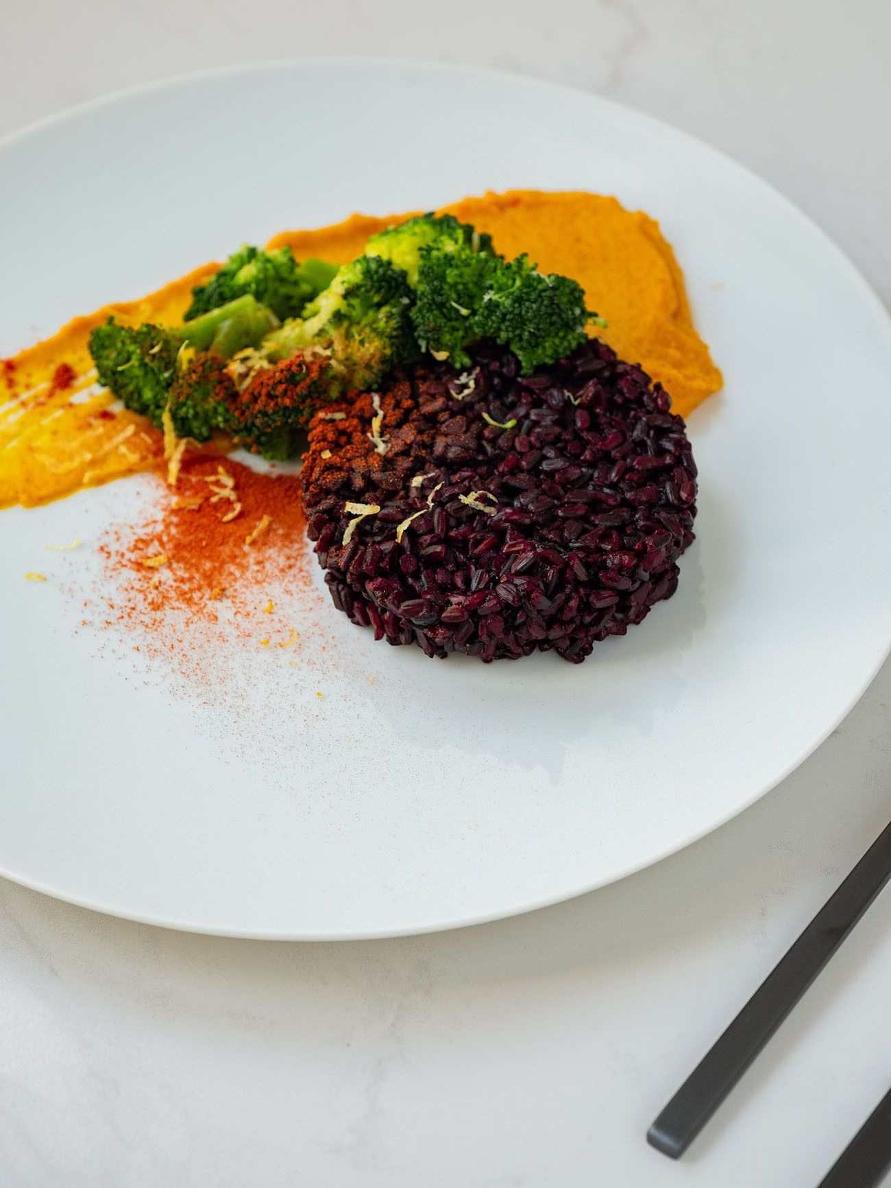 Foodblog, Rezept Kürbis Curry Püree mit zitronen Brokkoli und schwarzem Reis, Paprikapulver, Hokkaido_1