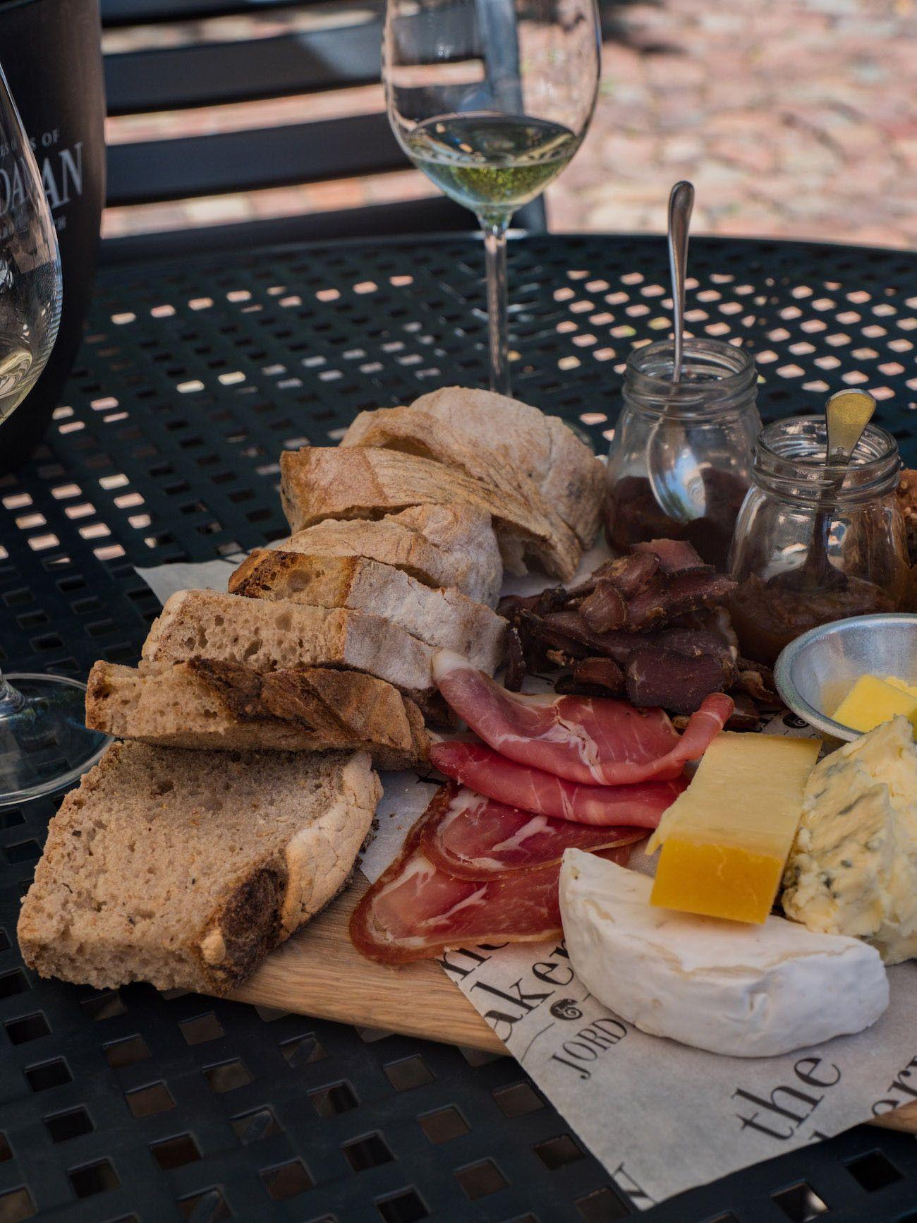Weinguide Stellenbosch, Jordans, Brot, Käse, Schinken, Biltong