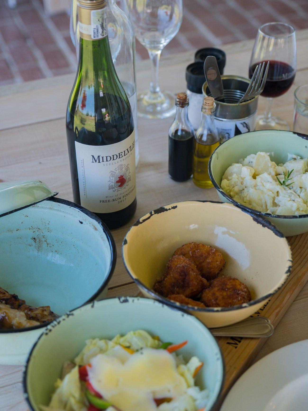 Weinguide Stellenbosch, Middelvlei, Kürbis Fritters, Kartoffelsalat