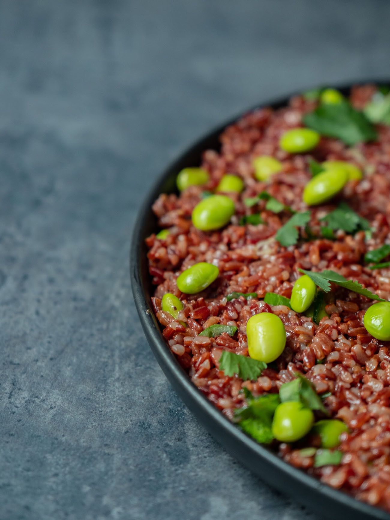 Foodblog About Fuel, Rezept Roter Reissalat mit Edamame und Ahornsirup Lachs, Edamame