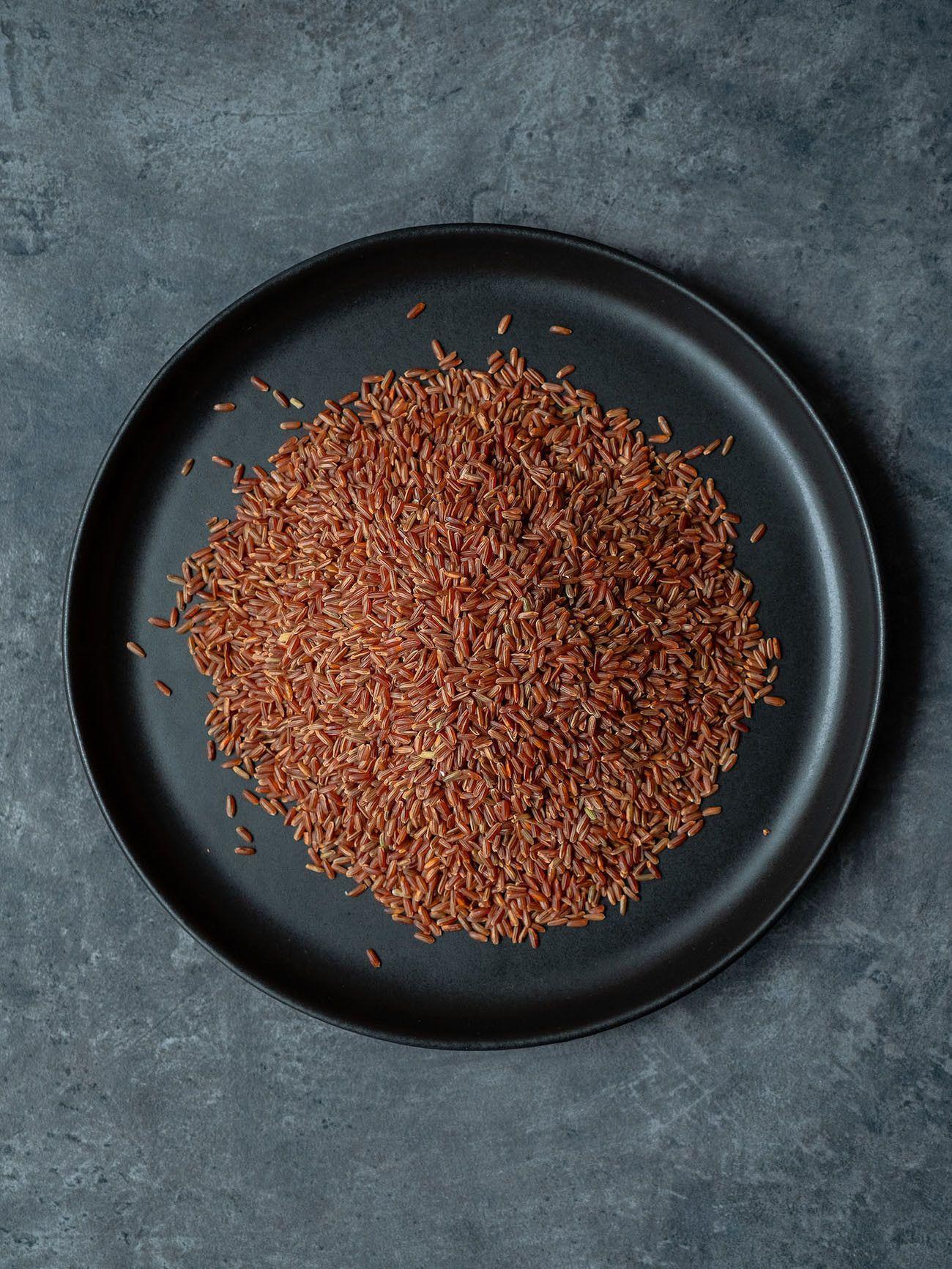 Foodblog About Fuel, Rezept Roter Reissalat mit Edamame und Ahornsirup Lachs, Reis