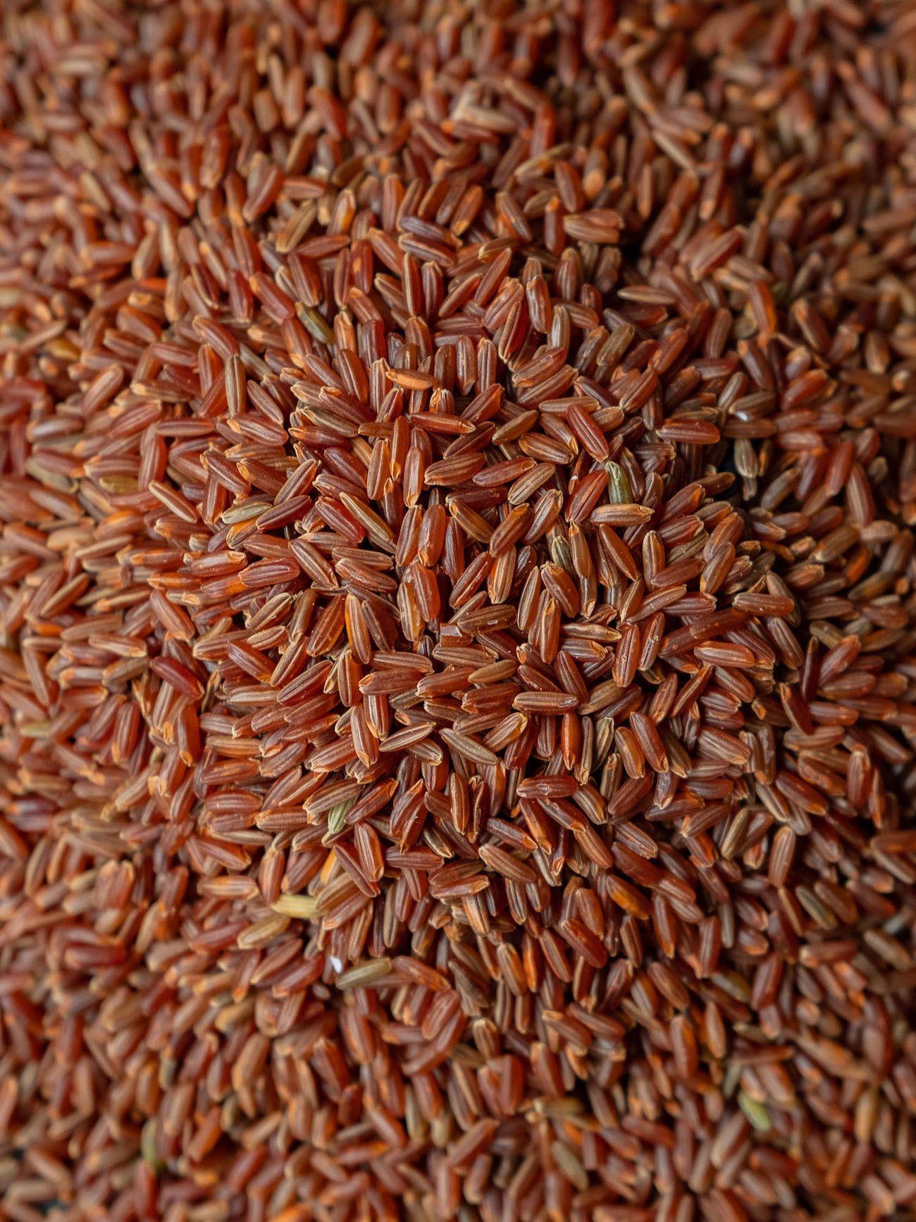 Foodblog About Fuel, Rezept Roter Reissalat mit Edamame und Ahornsirup Lachs, Vollkorn Reis