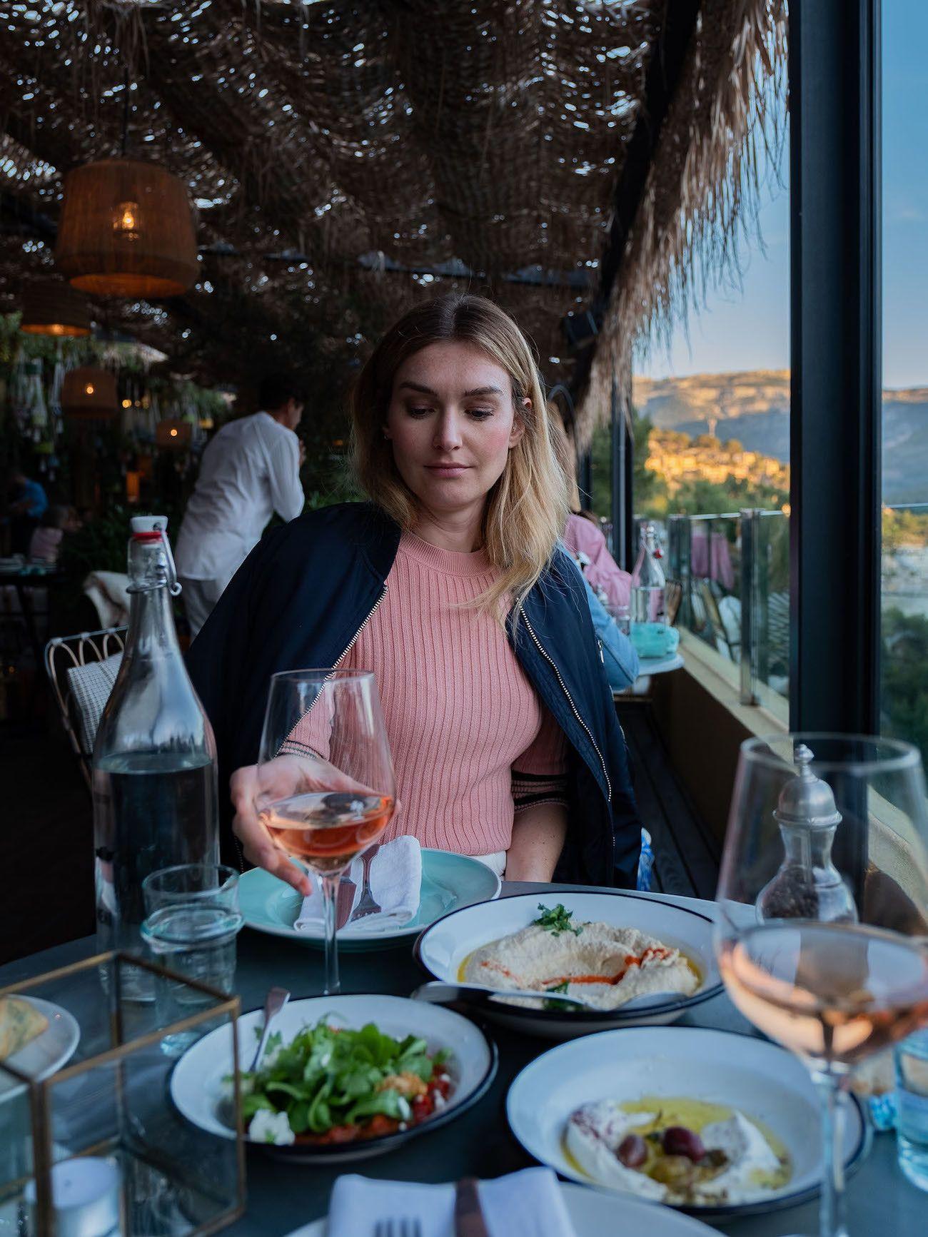 Foodblog About Fuel, Bikini Island & Mountain Hotels, Elina, Wein, Dinner