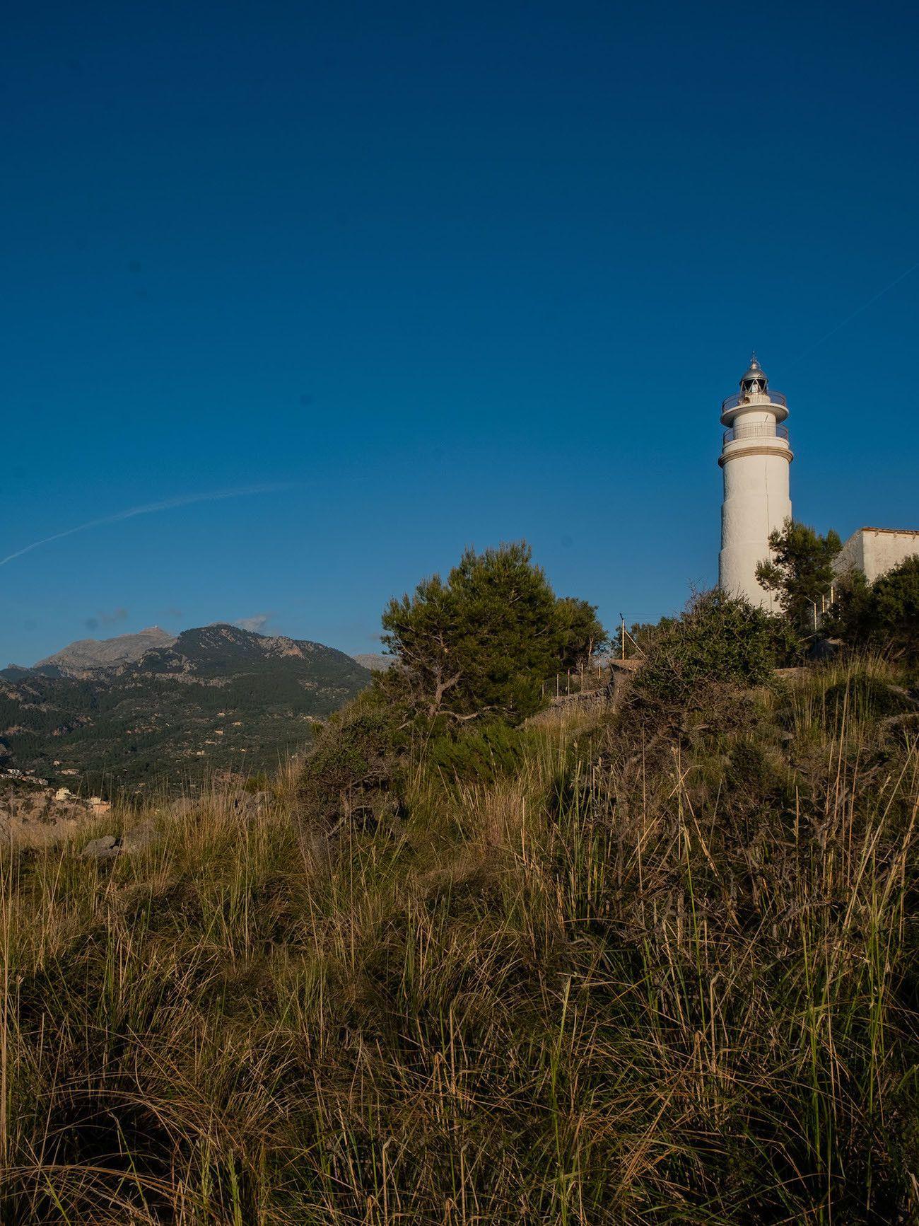 Foodblog About Fuel, Bikini Island & Mountain Hotels, Leuchtturm