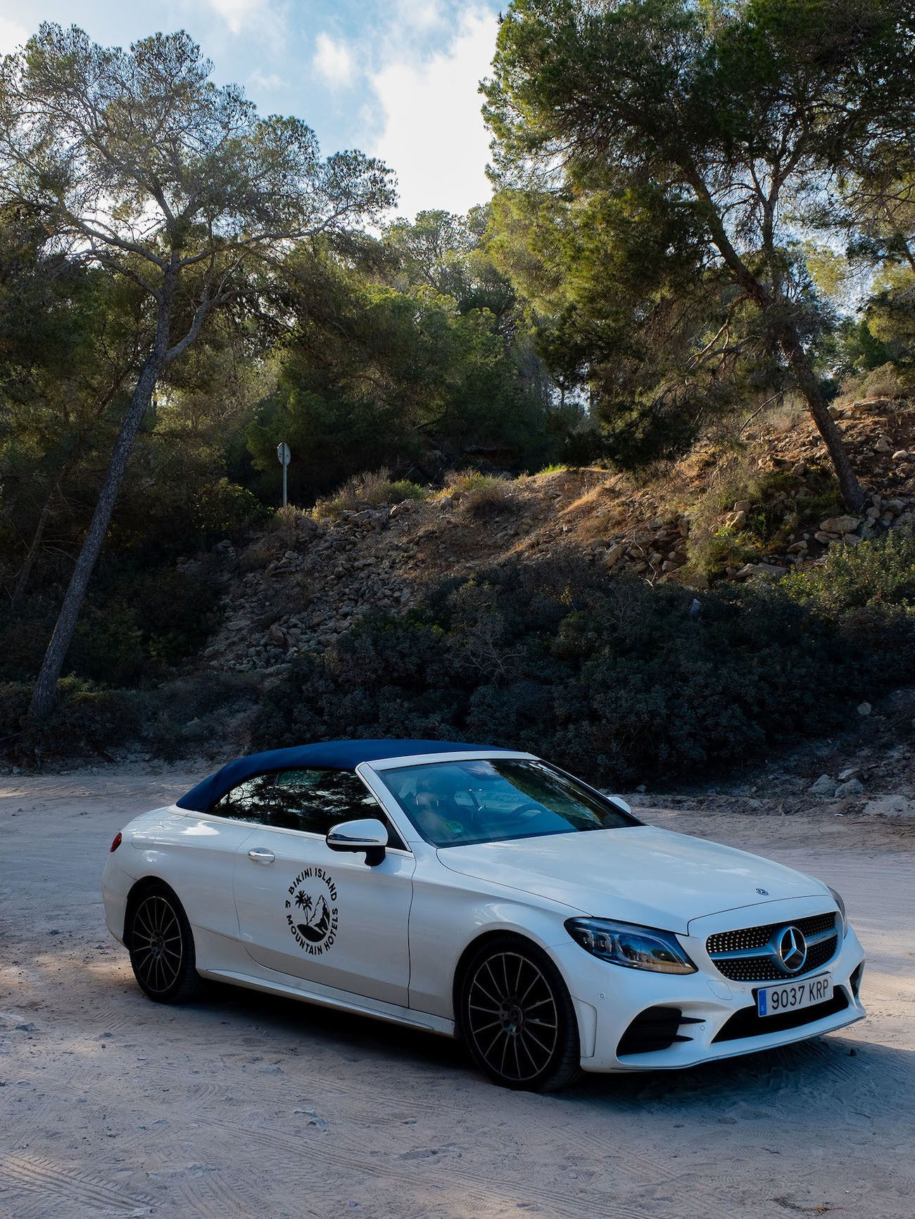 Foodblog About Fuel, Bikini Island & Mountain Hotels, Mercedes AMG