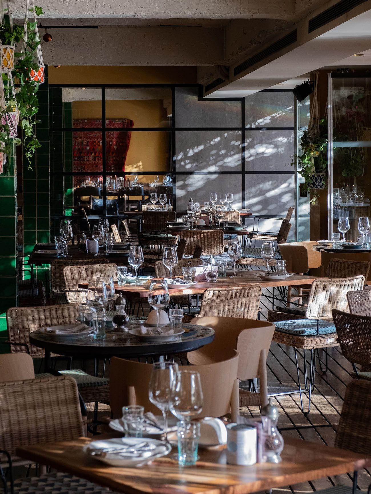 Foodblog About Fuel, Bikini Island & Mountain Hotels, Neni Restaurant