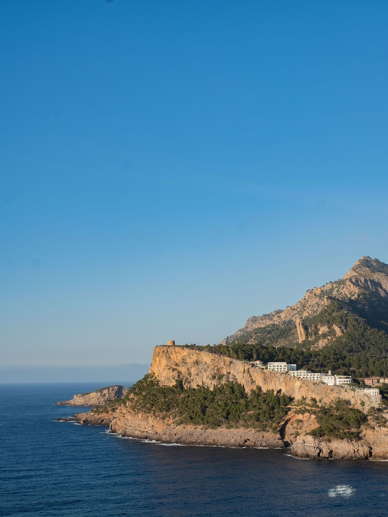 Foodblog About Fuel, Bikini Island & Mountain Hotels, Port de Sóller