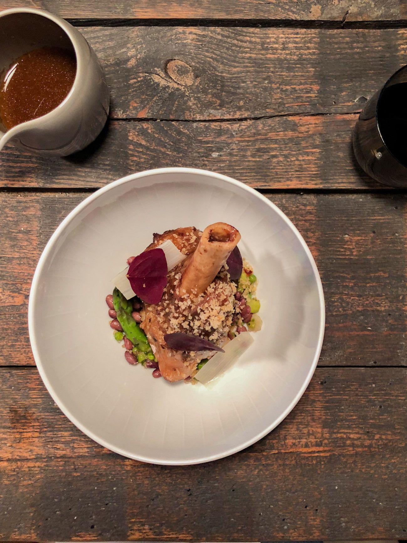 Foodblog, About Fuel, Leckerbissen, Tisk, Restaurtant, Hauptspeise, Lammkeule