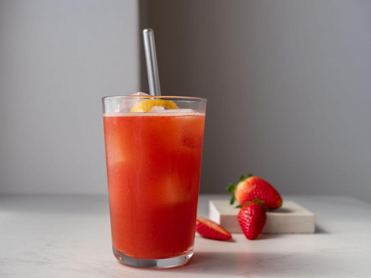 Foodblog, About Fuel, Rezept, Erdbeer-Rhabarber-Cooler, Rum