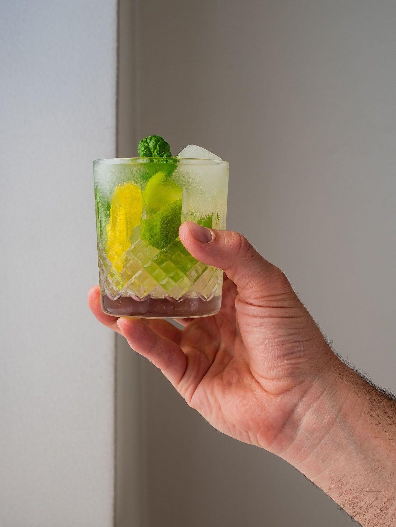 Foodblog About Fuel, Rezept Power Hugo, Saint Germain, Drink, Zitronenzeste