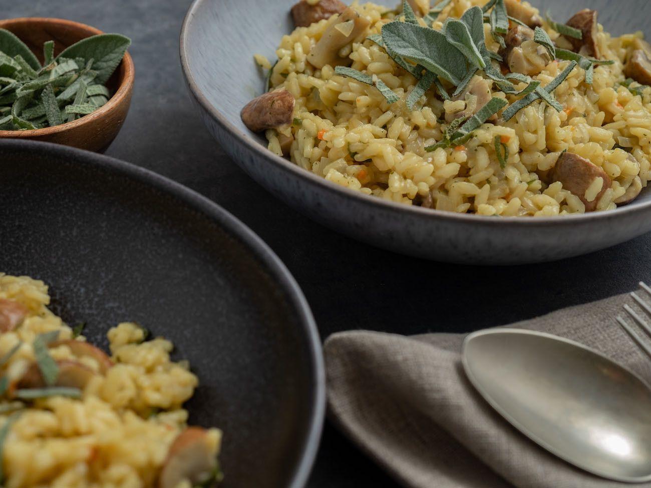 About Fuel, Foodblog, Rezept Champignon Risotto mit Salbei, Teller, Besteck