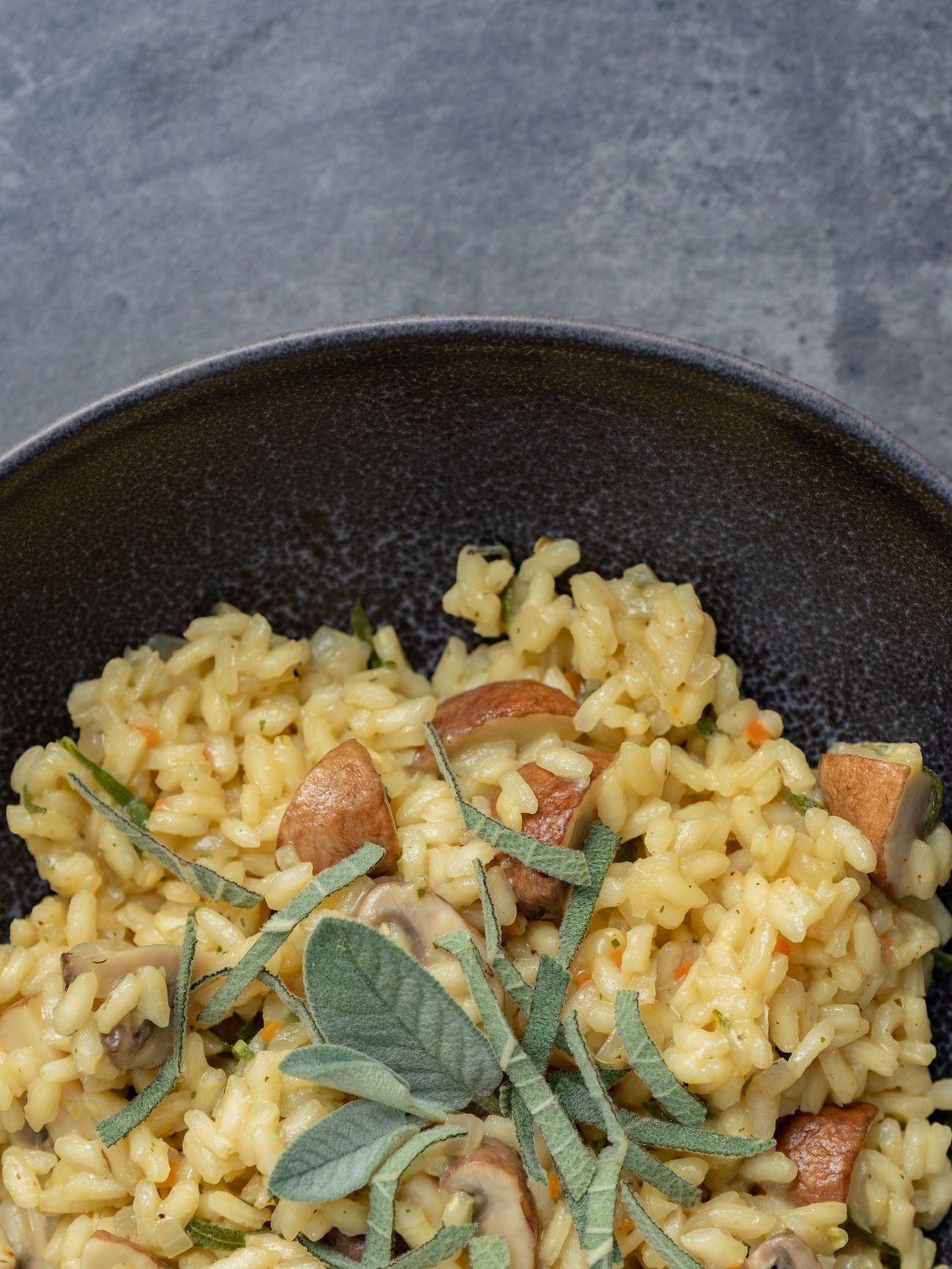 About Fuel, Foodblog, Rezept Champignon Risotto mit Salbei, Teller, Reis, Vegetarisch, Rezept