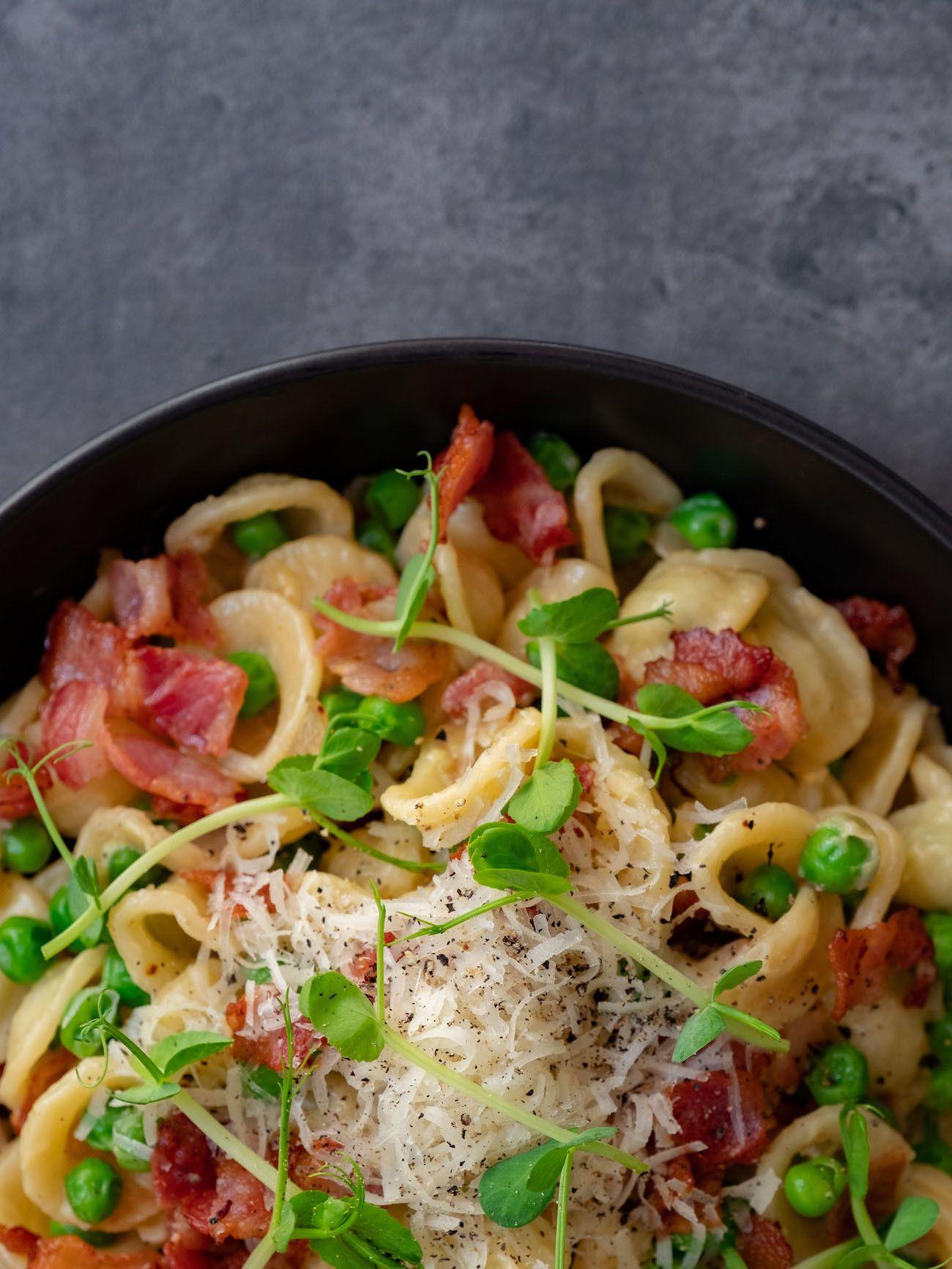 About Fuel, Foodblog, Rezept, Orecchiette mit Erbsen und Speck, Parmesan