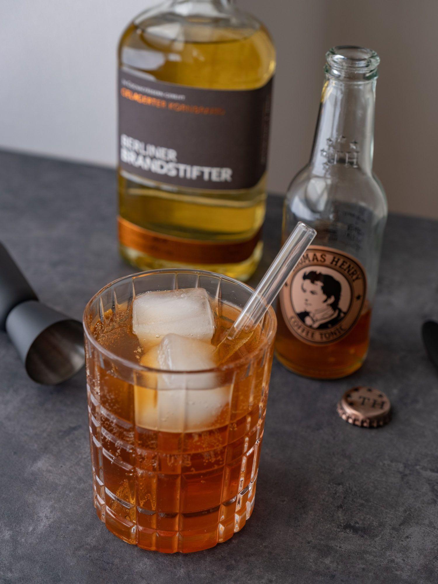 Foodblog, About Fuel, Brandstifter Coffee Tonic, Jigger, Kornbrand