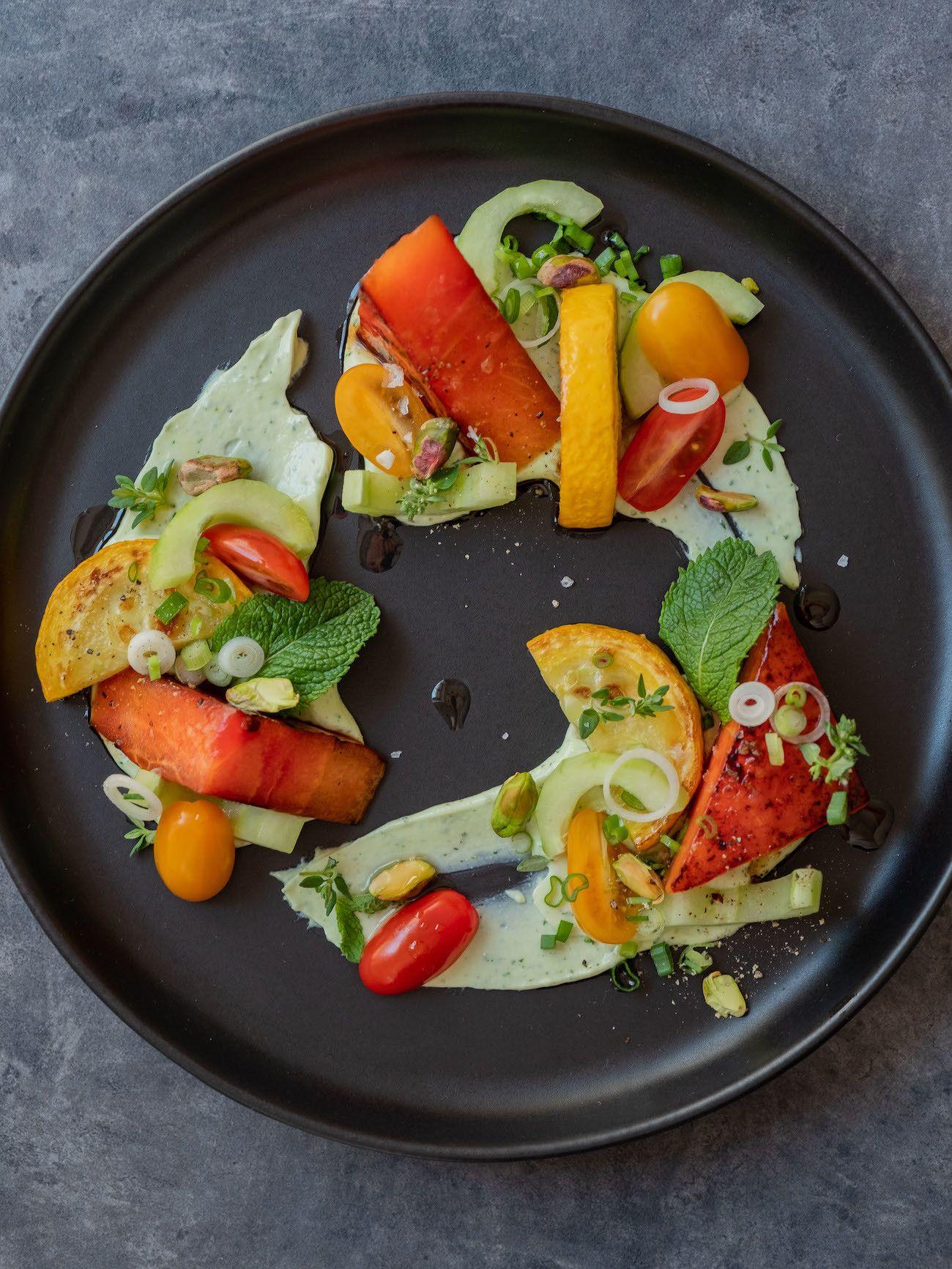 Foodblog, About Fuel, Rezept, Wassermelonensalat auf Basilikum-Feta-Creme, Minze
