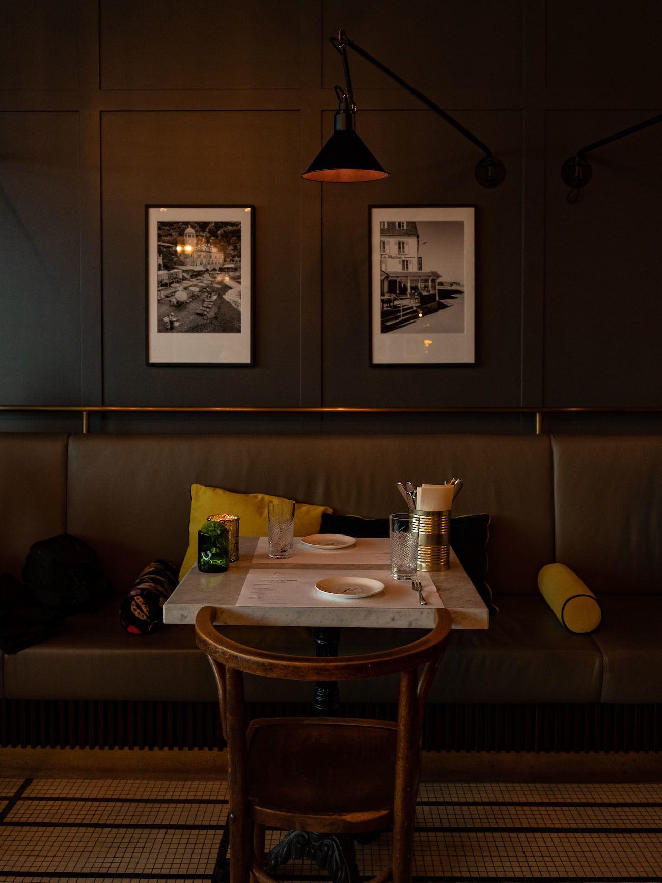 Foodblog, About Fuel, Brasserie Colette Tim Raue, Tisch