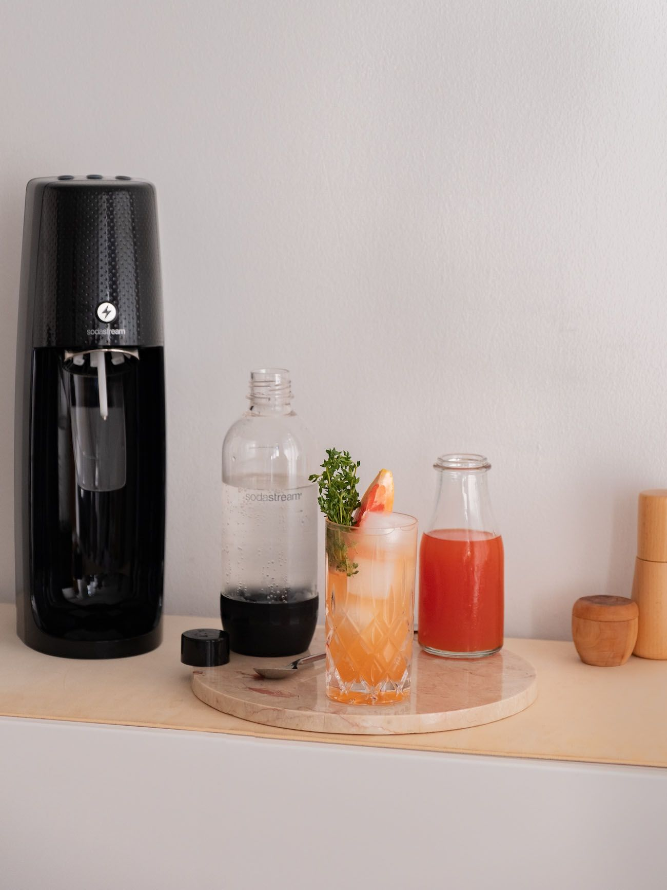 Foodblog, About Fuel, Soda Stream, Sirup, Rezept, Pink Grapefruit mit Thymian, Easy One Touch, Flasche