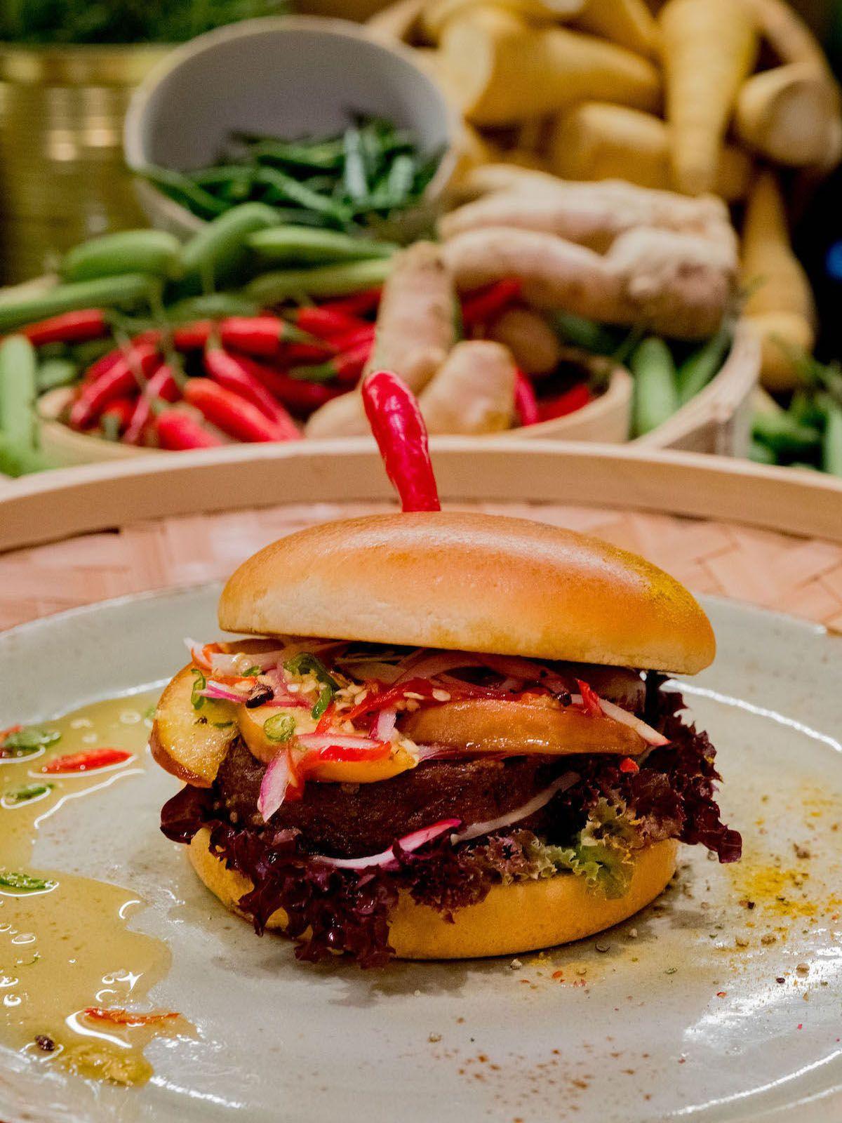 Foodblog, About Fuel, Leckerbissen, Scandic Hotel Frankfurt, Burger, Pfirsich, Chili_1