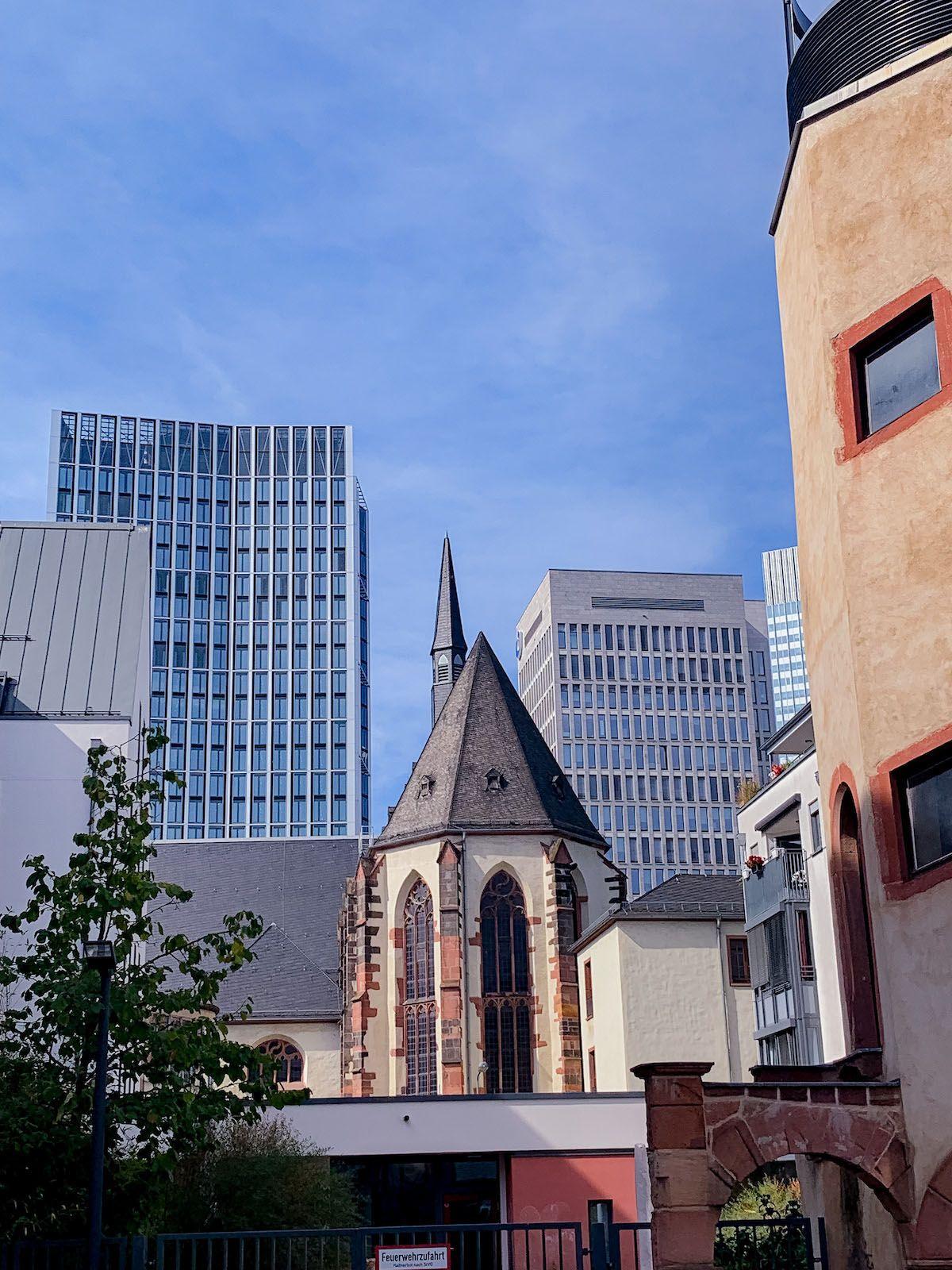 Foodblog, About Fuel, Leckerbissen, Scandic Hotel Frankfurt, Kirche, Wolkenkratzer