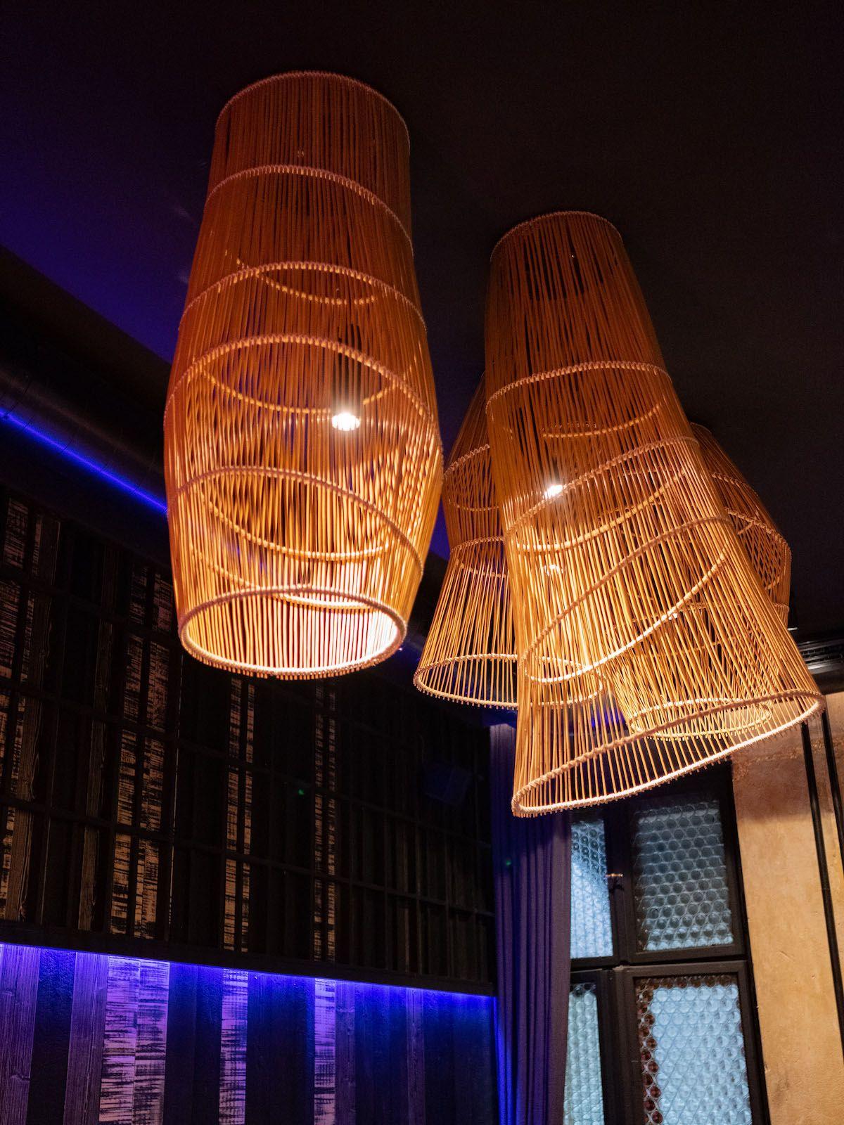 Foodblog, About Fuel, Leckerbissen, The Catch Berlin, Lampen, Neonlicht, Interieur