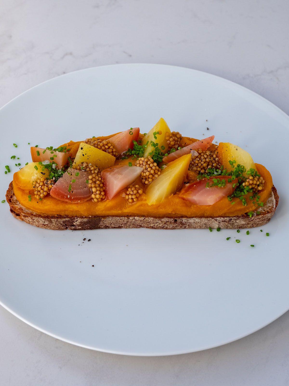 Foodblog, About Fuel, Rezept, Sandwich, Kürbis Zwiebel Marmelade, Brot, Stulle, Pfeffer, Senfcaviar, Aufstrich