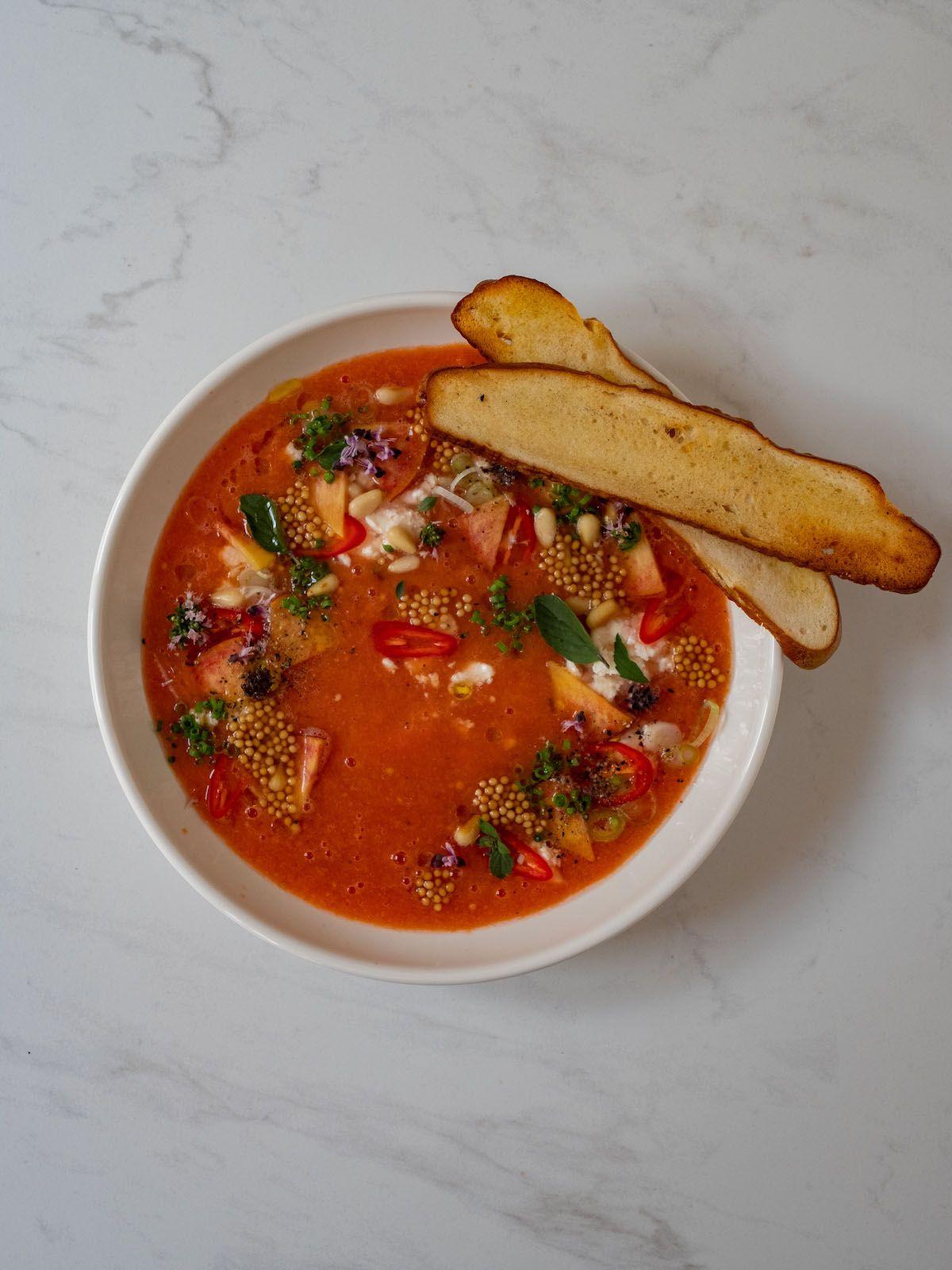 Rezept, Foodblog, Abput Fuel, Senfcaviar, Gazpacho, Senfsaat, Kräuter, Feta