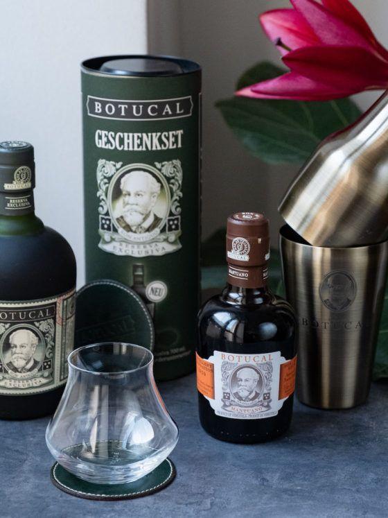 About Fuel Adventskalender Botucal, Set, Gewinnspiel, Rum, Shaker, Blume, Lilie, Spirituose_1