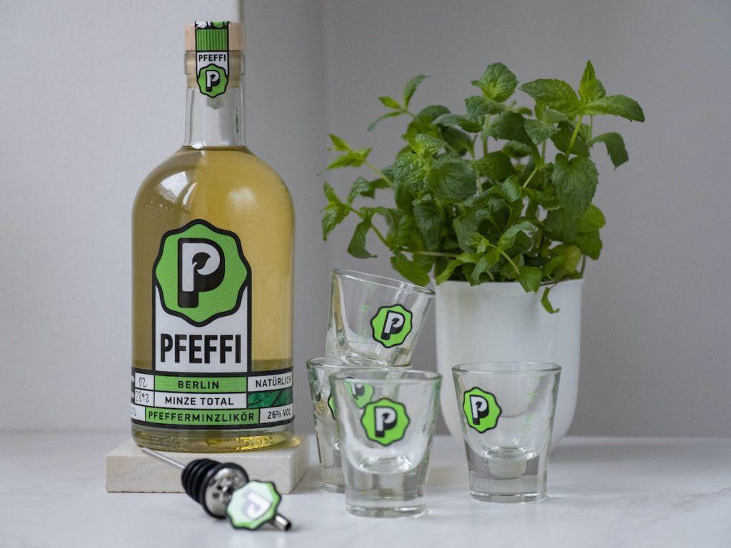 About Fuel, Foodblog, Pfeffi Berlin, Likör, Minze, Shotgläser, Minze