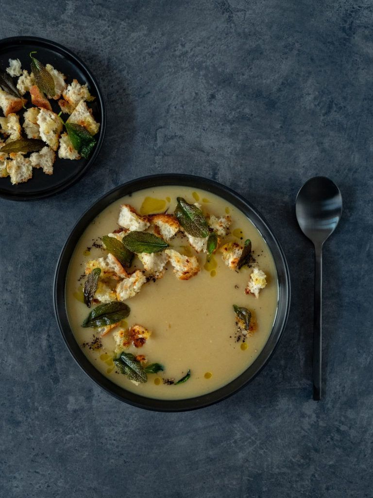 About Fuel, Rezept, weiße Bohnecremesuppe, Croutons, Salbei