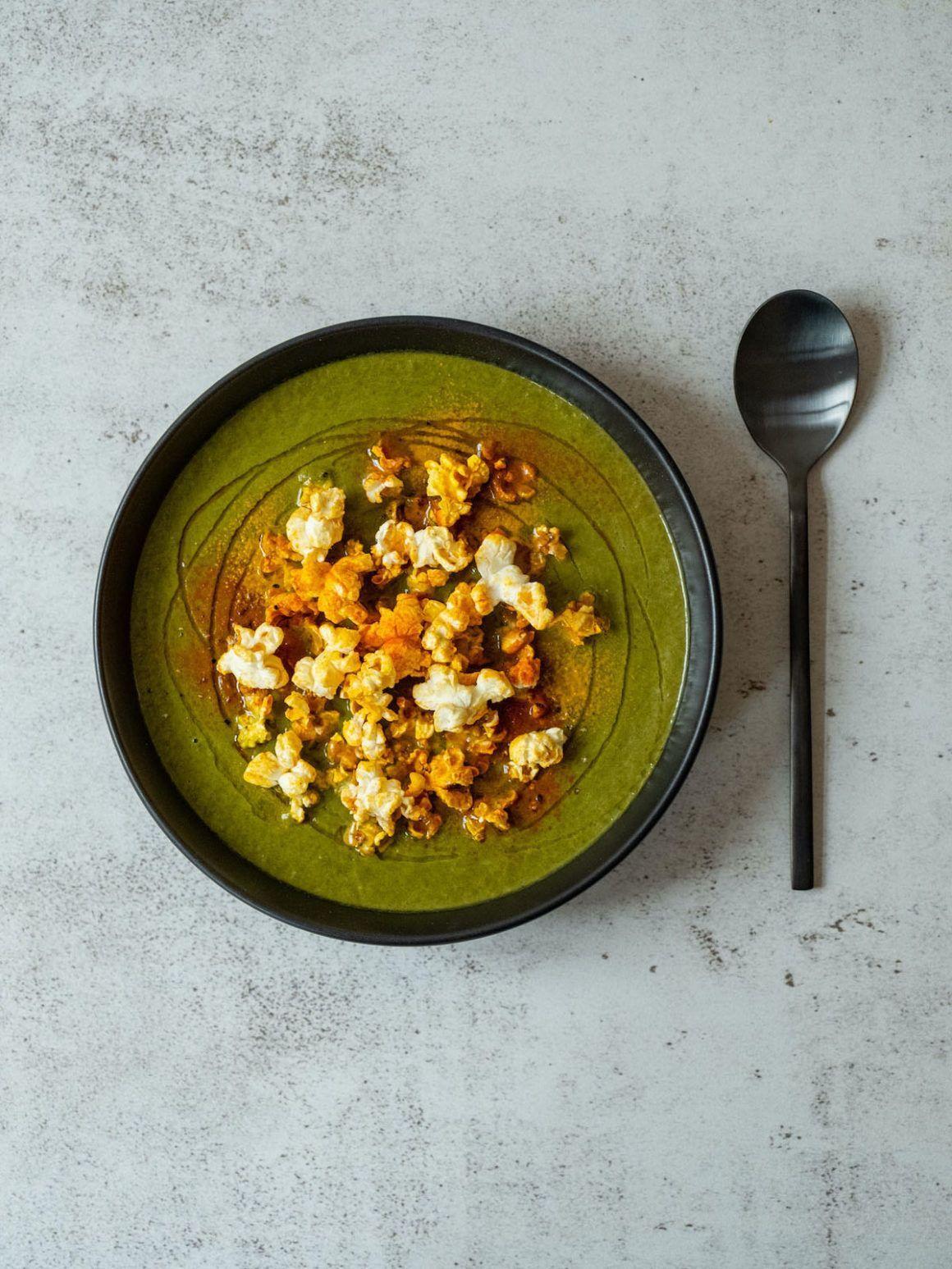 About Fuel, Rezept, Spinatsuppe, Gewürzpopcorn, Mais Popcorn, Paprikapulver, Foodblog