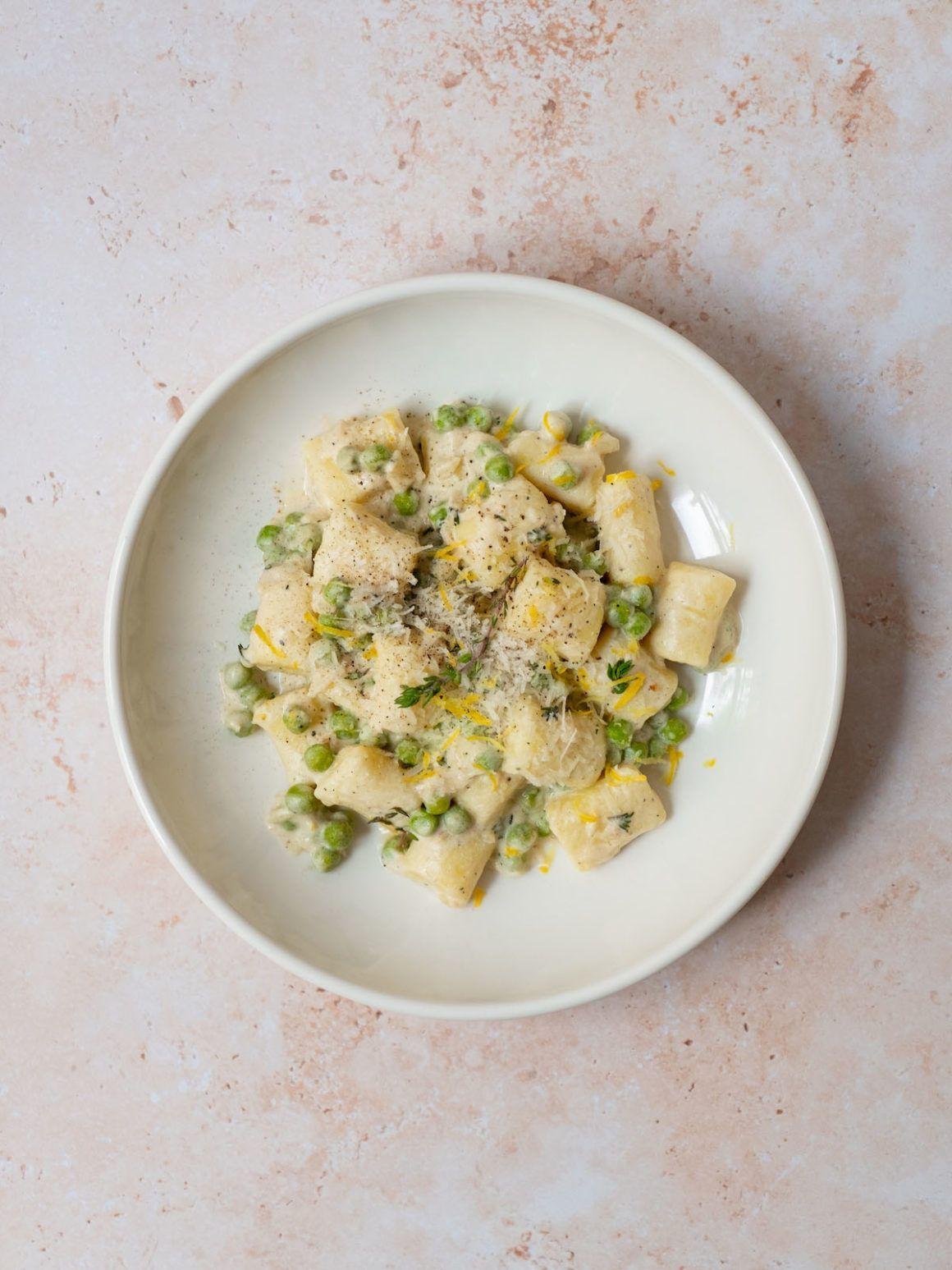 Foodblog, About Fuel, Rezept, Parmesan Gnocchi mit Zitronen Mascarpone Soße, Erbsen